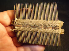 Aztec comb